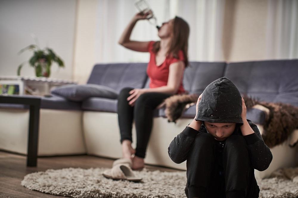 Kiedy sąd może orzec o pozbawieniu władzy rodzicielskiej?